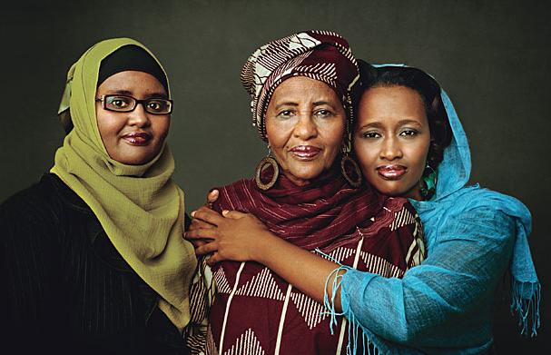 Hawa Adbi, la nonna dei rifugiati, con le s