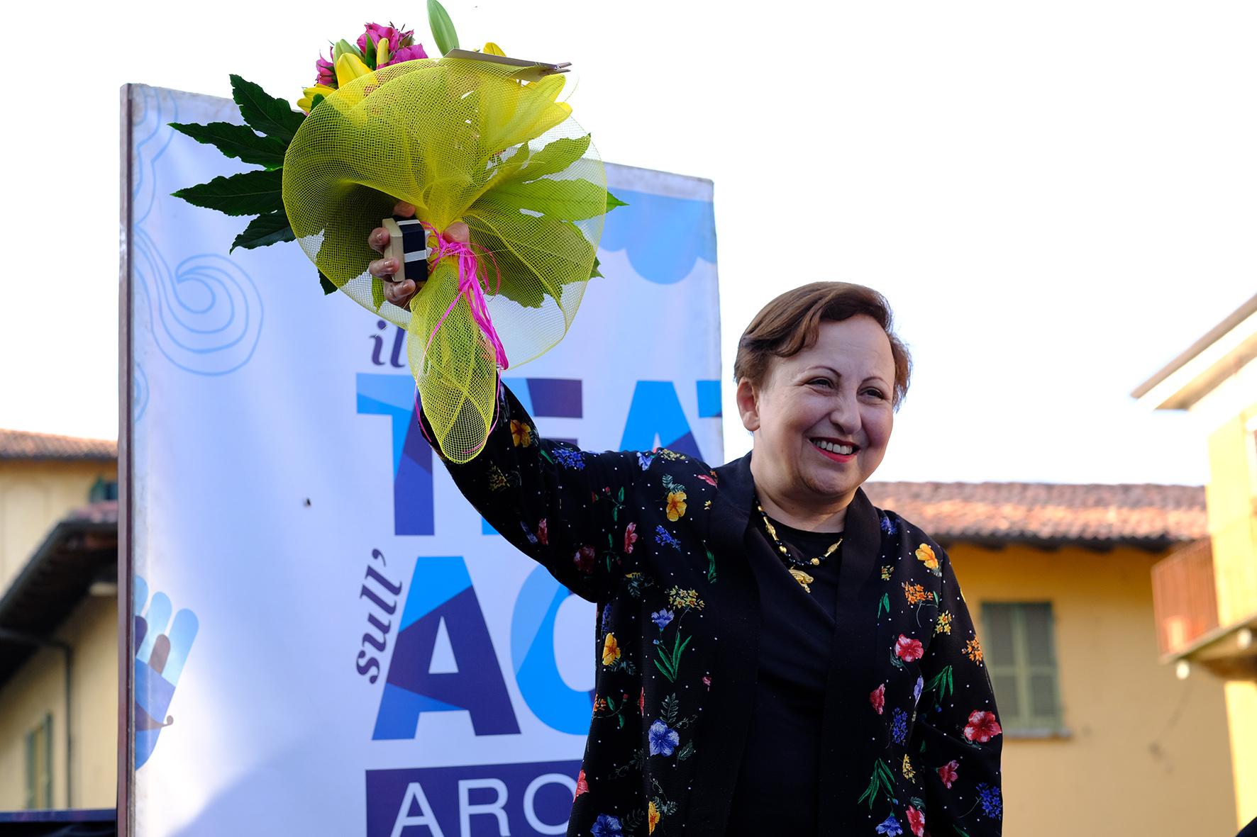 Shirin Ebadi ad Arona