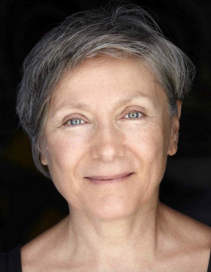 Mariangela Gualtieri, del Teatro Valdoca, in un ritratto di Melina Mulas