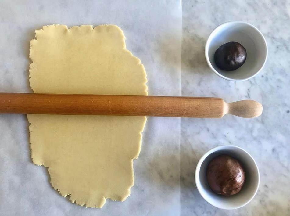 stendere la pasta con il mattarello