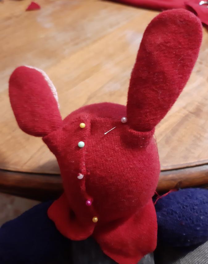 finitura testa coniglio di stoffa