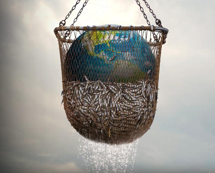 locandina Seaspiracy, rete da pesca con pesci e il pianeta